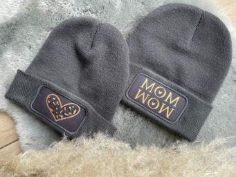 """Wintermütze """"Mom - WOW"""""""